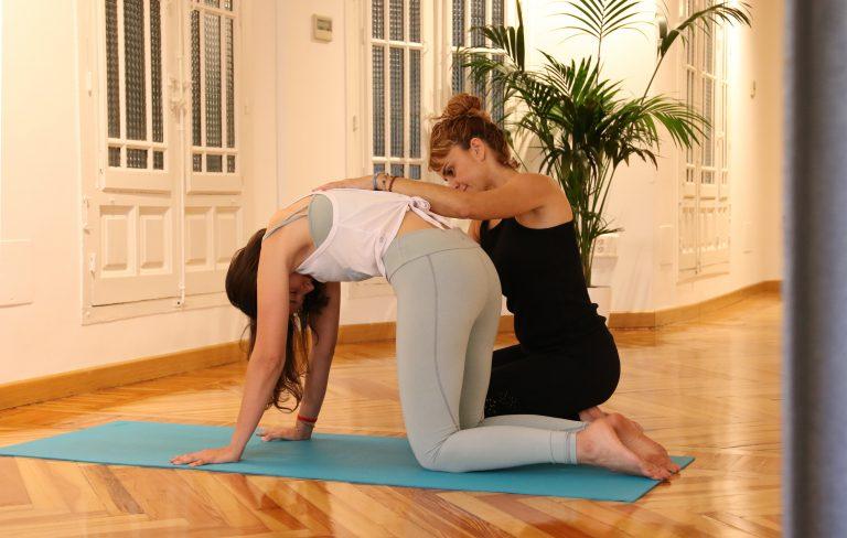 Primer vídeo de iniciación al yoga