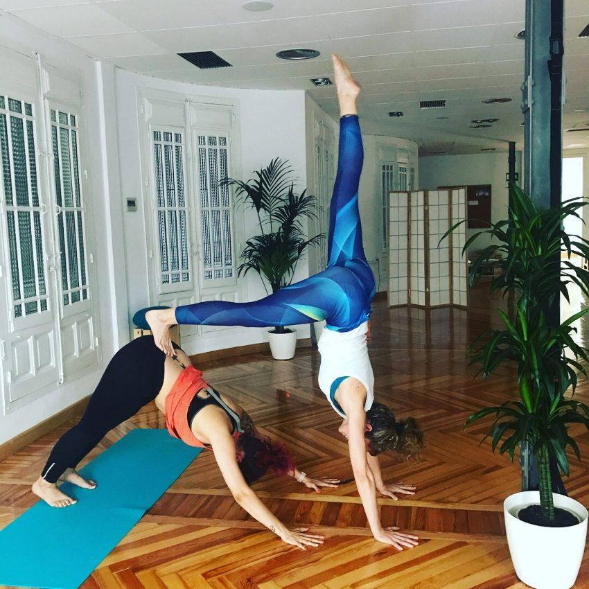 """Clases de Yoga Online """"Date y Dale la vuelta"""""""