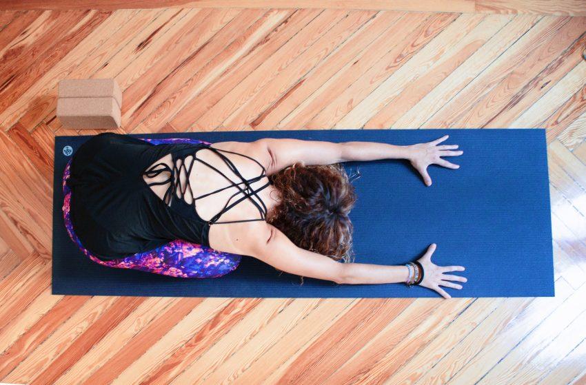 Yoga y ejercicio cardiovascular ( caminar, correr.. )