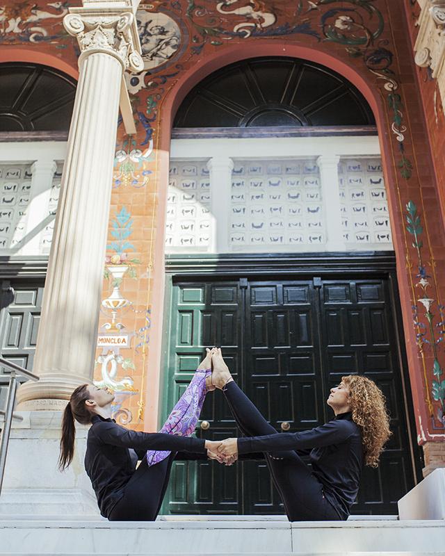 practicar yoga en el retiro de madrid